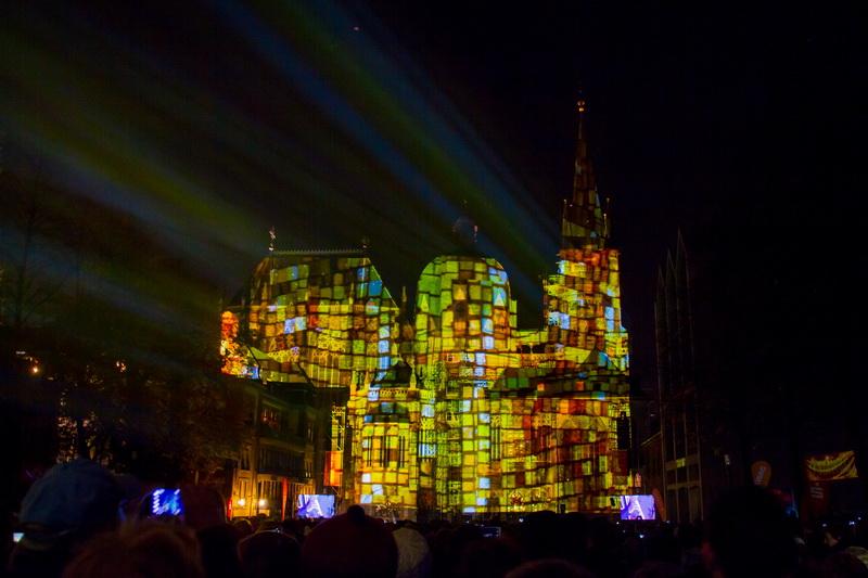 Aachen-Dom-im-Licht-2015-21