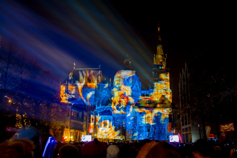 Aachen-Dom-im-Licht-2015-23