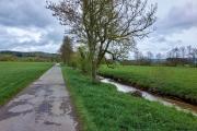 Radtour an der Donau - Die noch kleine Donau hinter Donaueschingen
